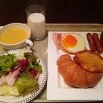 40061882 - ある日の朝食