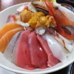 40065083 - 大丼ぶり・海鮮丼 税込¥1900