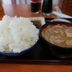 Kadoya - 豚汁とご飯
