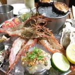 40066937 - フィッシャーマンズプラッター 豪快漁師の前菜盛合せ