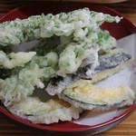 孫作 - 野菜