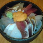 4007194 - 具だくさんの海鮮丼