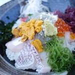 海辺 - 特製海鮮丼