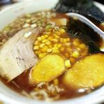 餃子菜館 大八 - 川越ラーメン! ラーメン オン ザ 芋(笑)