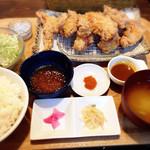 アパッチ - 唐揚げ定食  おろしポン酢•辛いの•カレーの3種でどぉぞ♡
