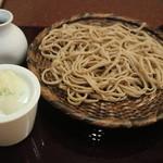 八千代 - 田舎蕎麦全景