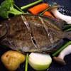 レキオテラス 漢那 - 料理写真:新鮮な魚を熱々のバター焼きでどうぞ。当店のバター焼きは野菜も一緒に摂れると大好評です。魚はカーエーやチン、イラブチャー、タマン、マクブ、シラジューマー等の地元で水揚げされた旬のものに拘っていま
