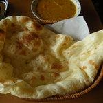 インド料理 ナマステ - ナンは厚みがあってモチモチ(^_-)