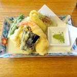 Yuukiteikawashima - 天ぷら盛合せ600円