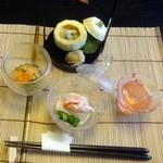 和心亭 豊月 - 先付:ズワイ蟹、サザエ、ウニなど