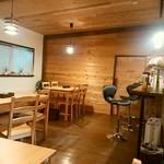 成木カフェ - 店内