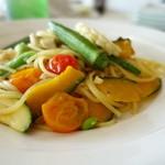 ロッサ - 季節野菜と牛窓マッシュルームのペペロンチーノ