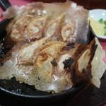 中国料理 五十番 - ハネつき鉄板肉餃子