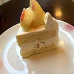 セ・ラ・セゾン! - 桃のショートケーキ