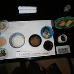 40084710 - 朝食