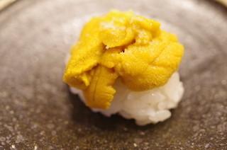 鮨 田なべ - キタムラサキウニ