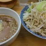 40087232 - つけ麺大盛、野菜マシ50円
