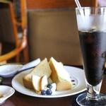 CAFE DROME - シフォンケーキセット 1,000円=15年7月