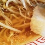 40094774 - スープの表情 醤油味薄めエビ風味