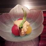 六本木モンシェルトントン - 3種類のプチトマトの前菜です。