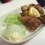 霧島の豚鳥店 - 鶏唐揚げ400円