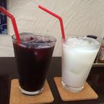 Cafe&Dining Jugemu - 100%ぶどうジュース&カルピスウォーター