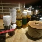 勝烈亭 - ソースとドレッシク、ポン酢のセット