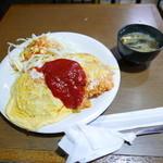 オムライス ひとみ - オムライス(レギュラー)580円