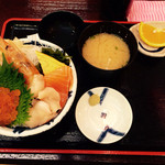 40106789 - 北海丼 ¥890