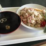山口屋 - 2015年7月中旬  焼き飯  スープ付き ¥700  ちょっと炒め方が良くなかったです。