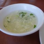 徳翔楼 - 2015.07 このスープは不要ですね、、冷やし中華には合わない。