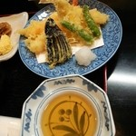 魚忠 - 天ぷら定食の海老2本&キス2本&獅子唐2本&茄子