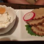 活食・隠れ酒蔵 かけはし - いぶりがっこチーズ添え720円