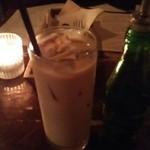 モワ カフェ - アイスチャイ