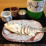 吉田屋 - 料理写真:月不見の池 中澄み 手前の鮒寿司は無関係です(^▽^)