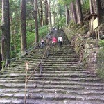 美山亭 - では熊野那智大社へ。