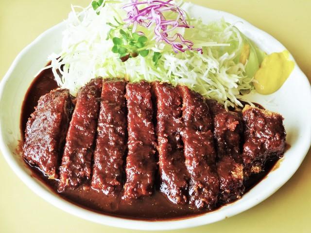 MOBU - わたしが頂いた「味噌カツ、1.5倍」1,110円です。通常の「味噌カツ」は780円です。平日ランチは、ご飯、味噌汁、漬物が付いて930円です。