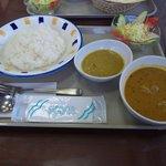 4012962 - ランチセット、大根とチキンのカレー、豆のカレー