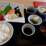 40120426 - お昼のお刺身 918円(消費税8%時)
