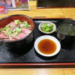 40125852 - レアステーキたたき風丼(1,080円)