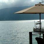 サロン・ド・テ ロザージュ - 湖畔を眺めて