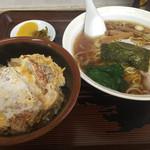 中華そばとんほう - ミニカツ丼セット850円