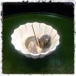 秋田屋 - 今日の小鉢は九十九里辺りの特産「ながらみ」という貝でした。