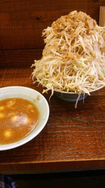 立川マシマシ - 大つけ麺のつけダレ&野菜別盛りのマシマシ