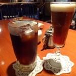 松下記念館 - アイリッシュコーヒー(750円)とアイスコーヒー(550円)をオーダーしました。
