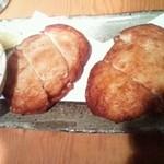 よだきんぼ - 名物、魚のすり身と豆腐