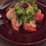 40142951 - ホタテと伏見の辻農園さんのトマト。柚子胡椒の和風ソースが京都っぽい♪