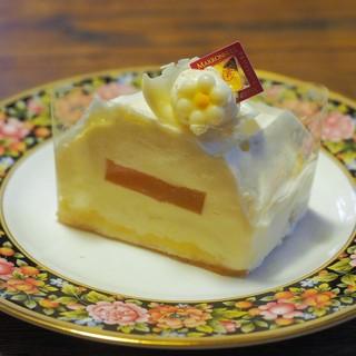 マロニエ ルミネ立川店 - レアチーズケーキ