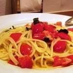 40151149 - スパゲッティーニ                       広島世羅トマトとバジリコ