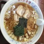 日の出食堂 - 大盛りラーメン ¥600